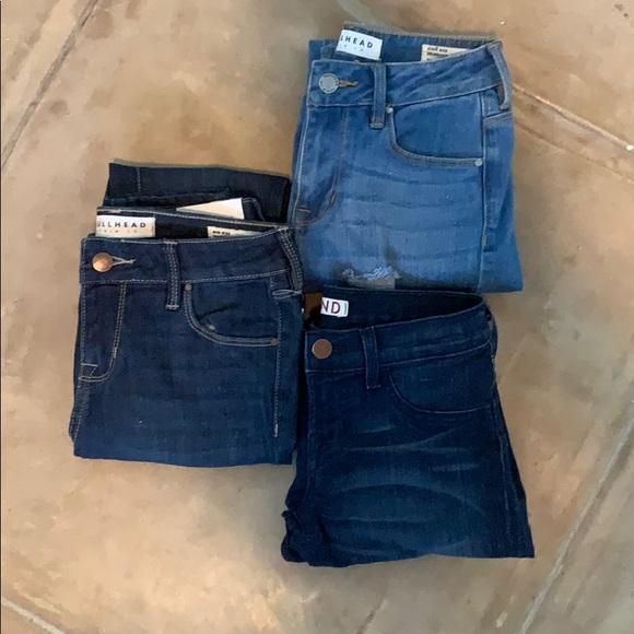 Bullhead Denim - 3 pairs of skinny jeans